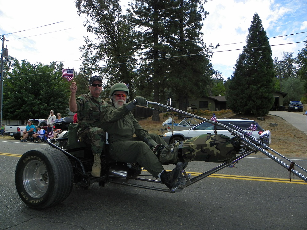 Mountain Heritage Days Parade 2013 - Caring Vets 2 - Photo by Kellie Flanagan