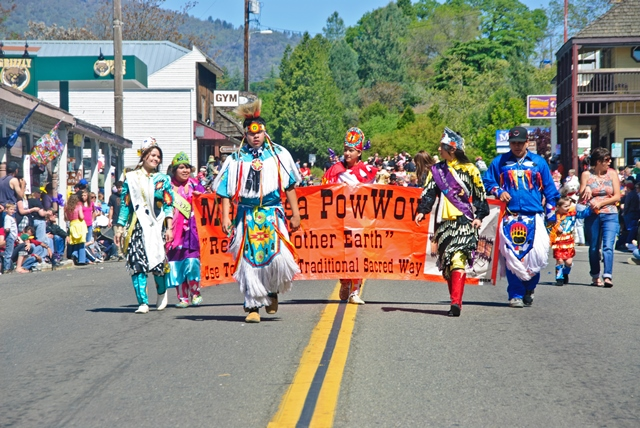 Mariposa Butterfly Festival - Parade - Photo courtesy of Charles Phillips Stone Creek Gallery Mariposa