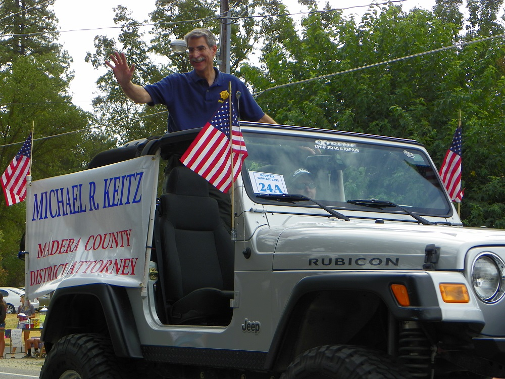 Mountain Heritage Days Parade 2013 - DA Michael Keitz - Photo by Kellie Flanagan