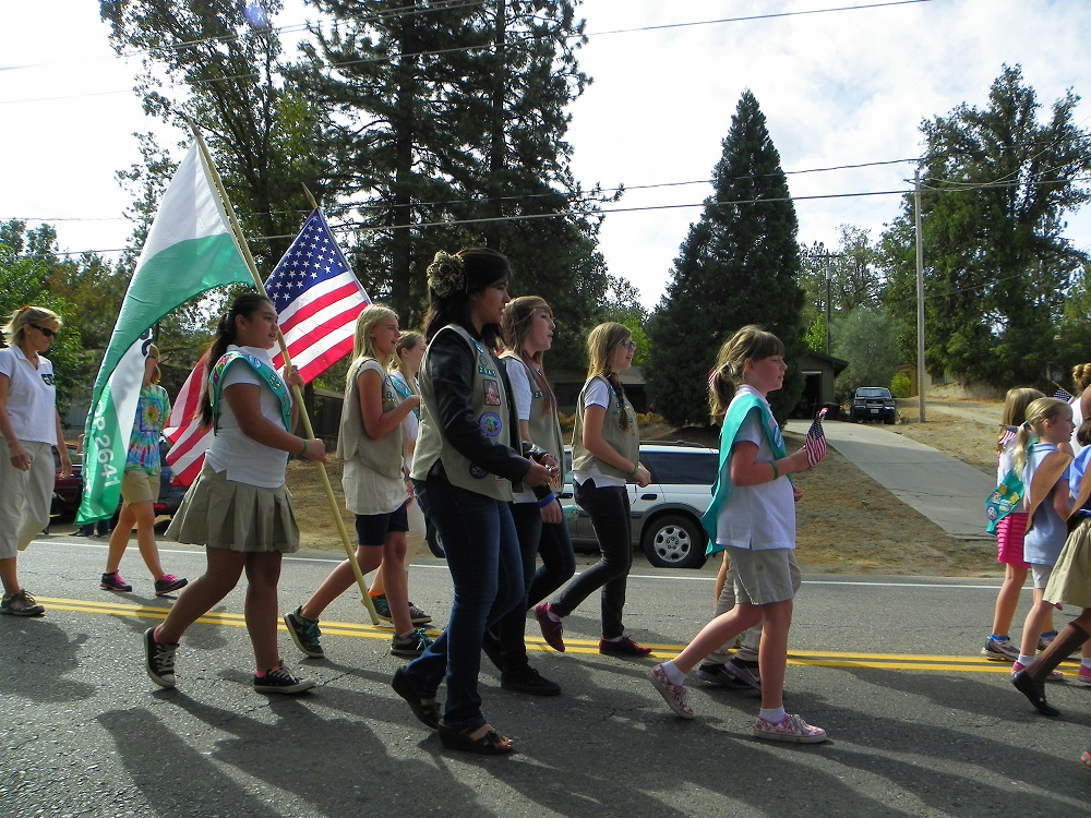 Mountain Heritage Days Parade 2013 - Girl Scouts 2 - Photo by Kellie Flanagan
