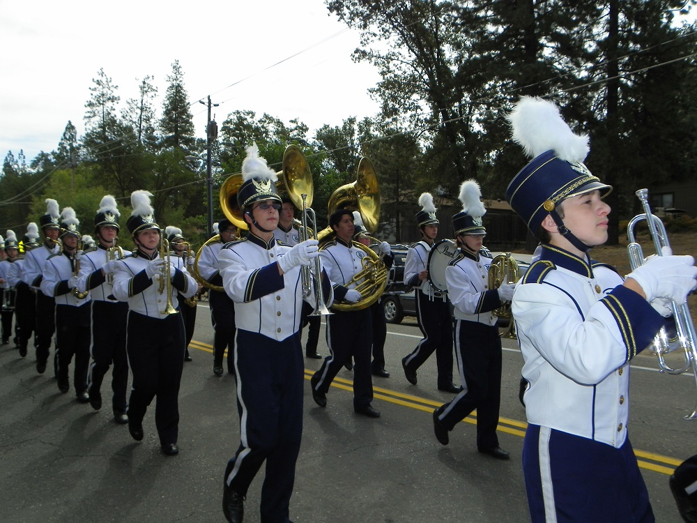 Mountain Heritage Days Parade 2013 - YHS Marching Band marches on - Photo by Kellie Flanagan
