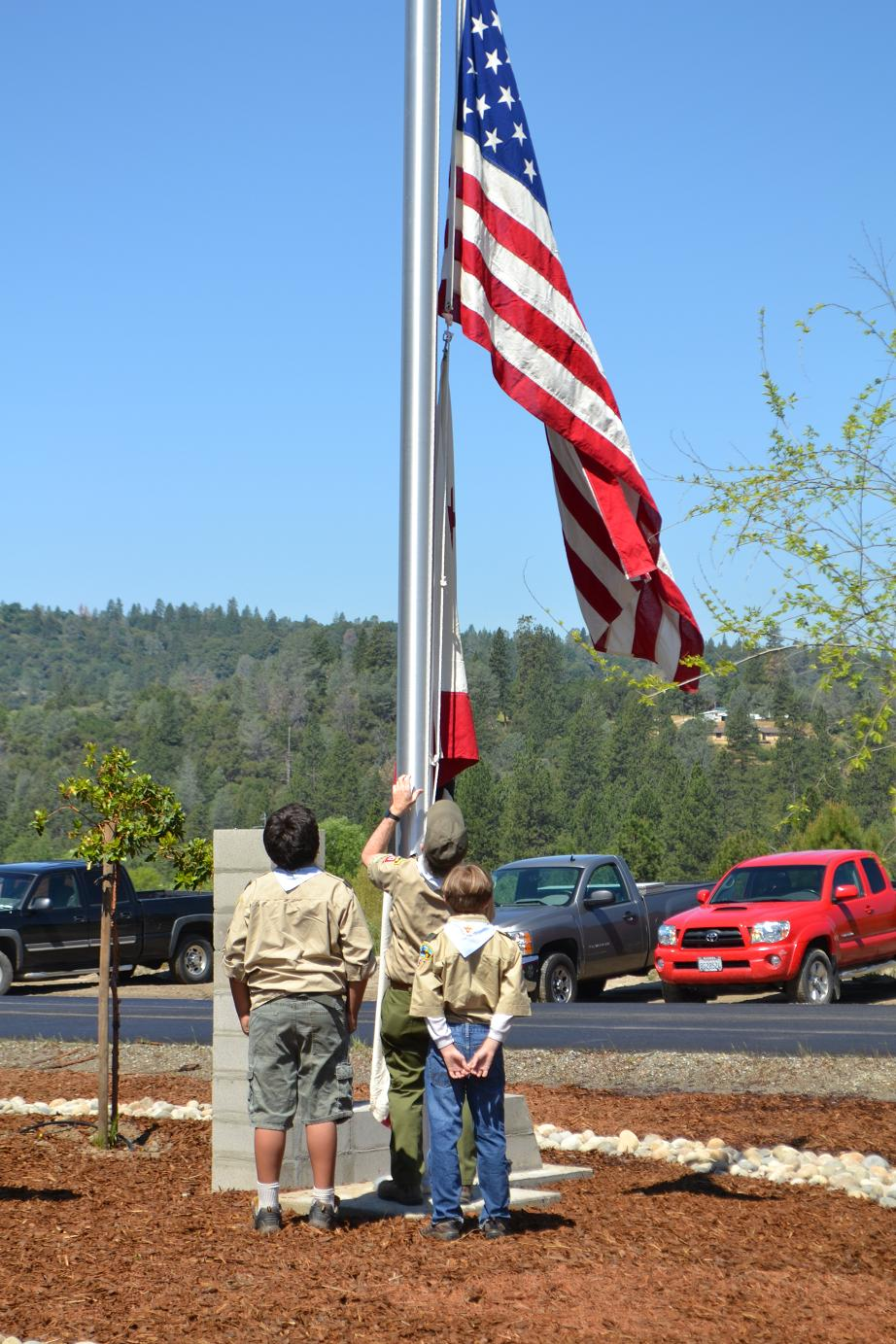 Scout Troop 357 raises the flags at new fire station 5-10-13