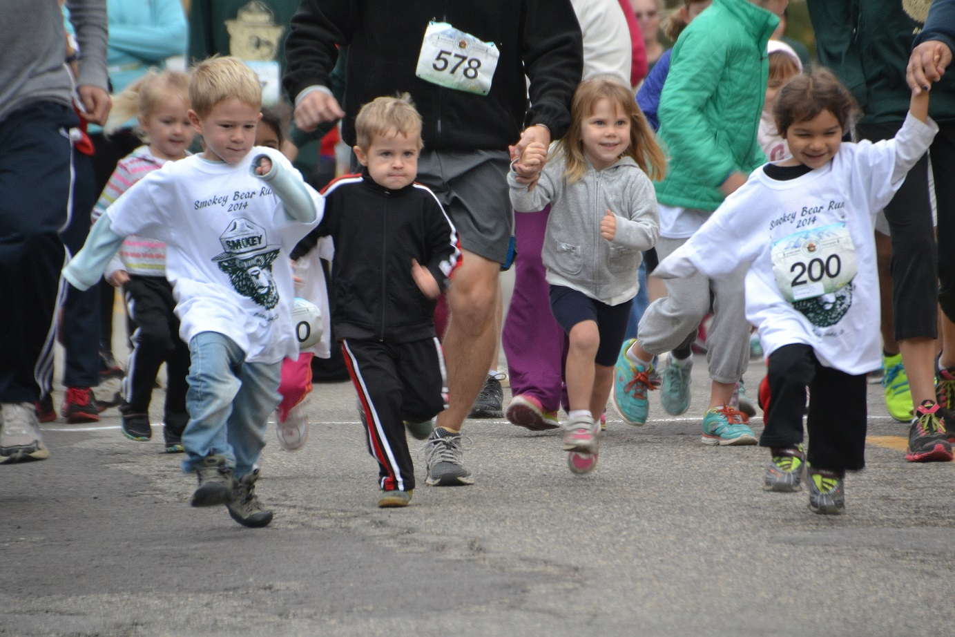 Determination in the 2-4 year old race - photo by Gina Clugston