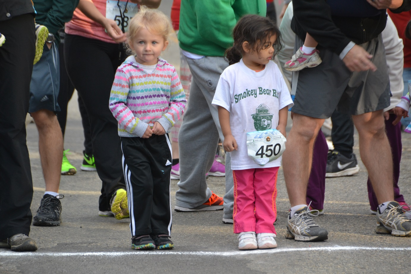 Kids 2-4 years wait at the starting line - photo by Gina Clugston