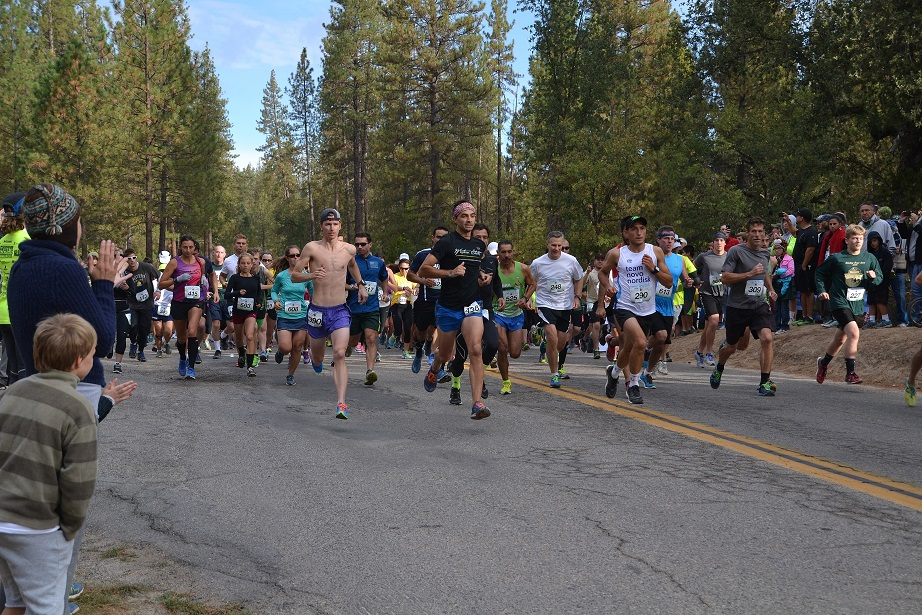 Start of 10K Run Smokey Bear - photo by Gina Clugston