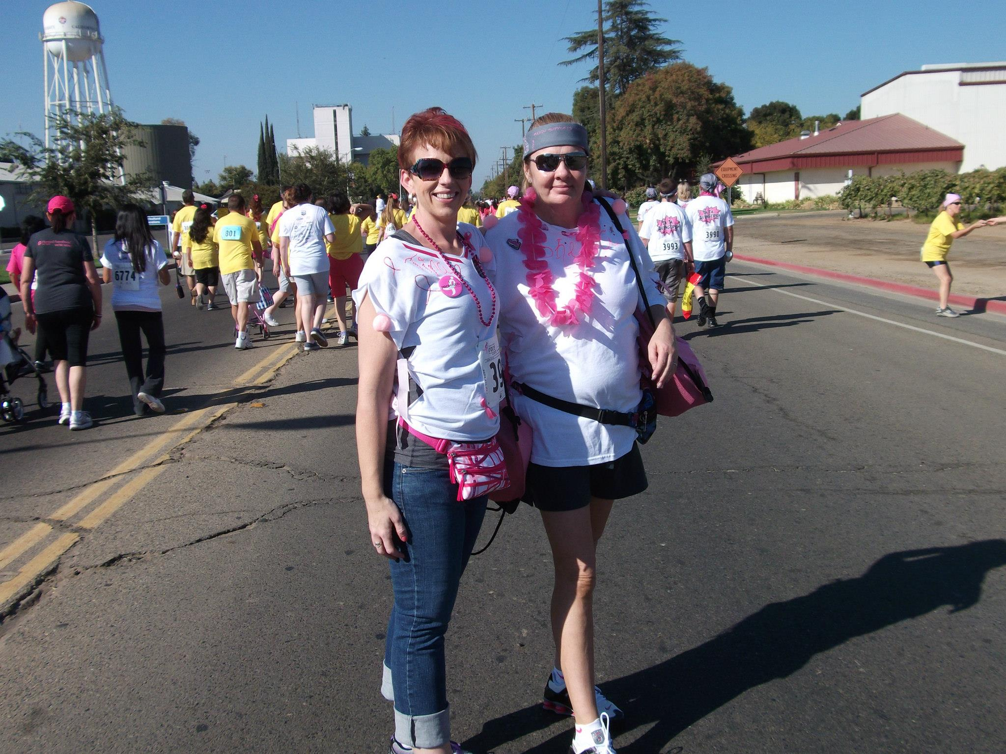 2013 Team Captain Tina Wynne with super-volunteer and fundraiser Shiela Moreno - Race for the Cure 2012 - photo courtesy of Tina Wynne