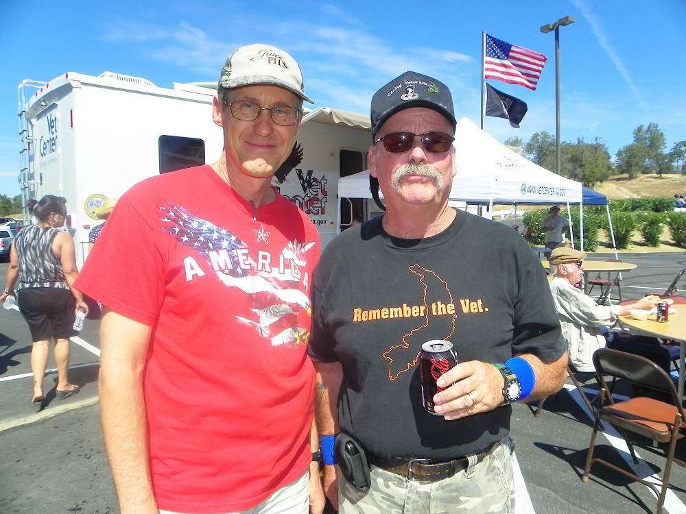 Veterans Stand Down Coarsegold 2013 - John and the Commander - Photo by Kellie Flanagan