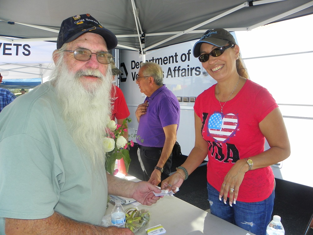 Veterans Stand Down Coarsegold 2013 - Vets can get help from different sources - Photo by Kellie Flanagan