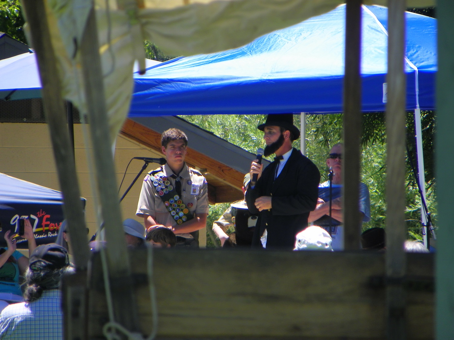 Yos Fest - Peter Maclean and President Lincoln as portrayed by Gary Talley - photo by Kellie Flanagan