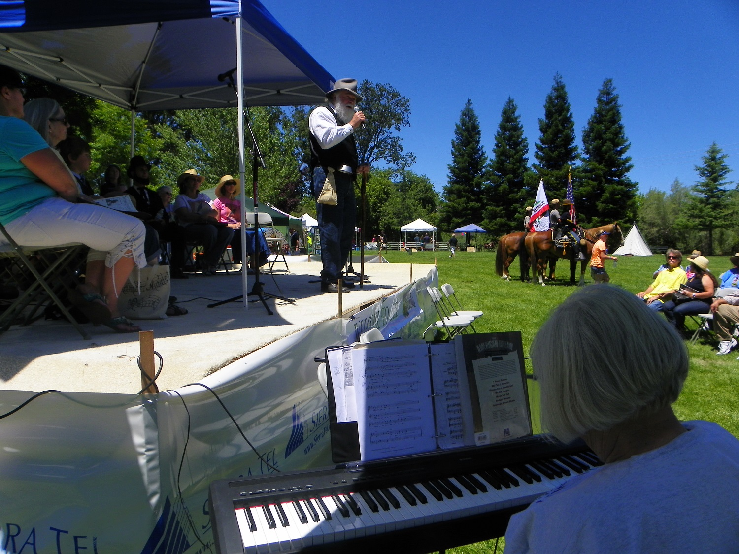 Yos Fest art - John Muir as portrayed by Frank Heller with Jackie Byers on piano - photo by Kellie Flanagan
