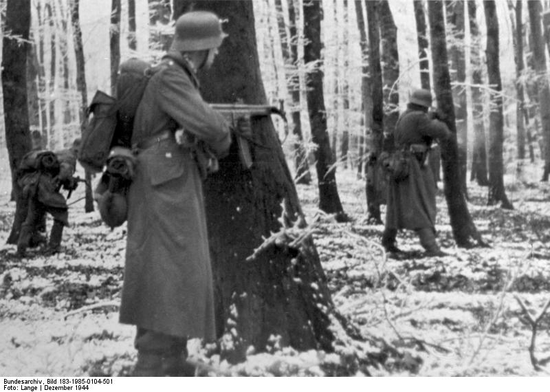 Similar to conditions under which Sarge and other soldiers operated - Bundesarchiv Bild 183-1985-0104-501 Ardennenoffensive Grenadiere in Luxemburg - Wikipedia Battle of the Bulge